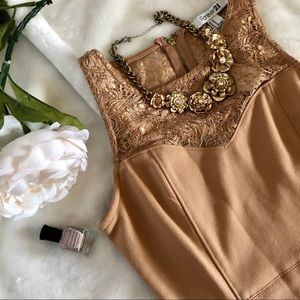 Gorgeous GOLDEN tan lace Bodycon dress SIZE Medium